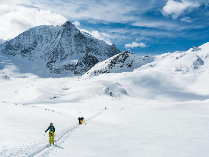 Le Mont Blanc de Cheillon avec nos traces de descente à droite ;) Que du bonheur !