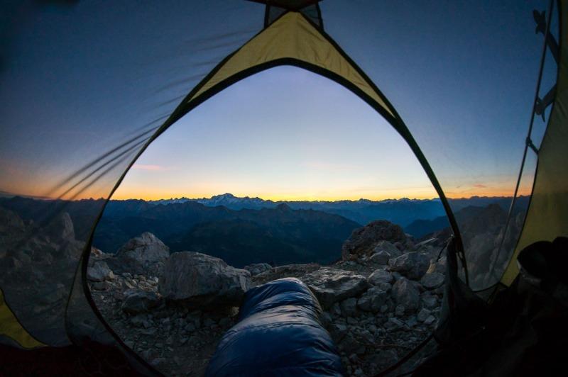 Levé de soleil sur la Tournette face au Mont Blanc