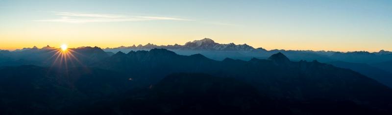 Magnifique vue pour un levé de soleil depuis la Tournette